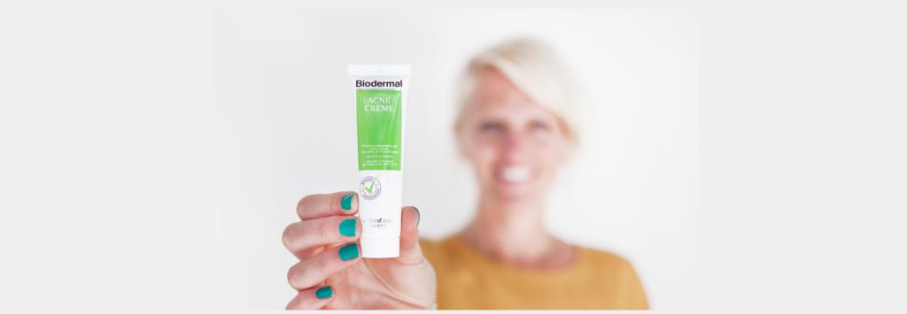 Verstopte talgklieren -acne creme